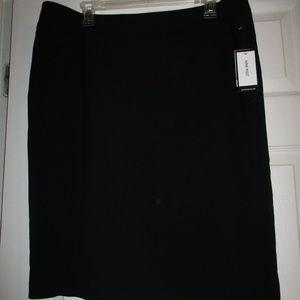 Nine West Lined black pencil skirt size 14 NEW